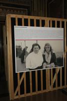 """Foto- und Texttafel in der Sonderausstellung """"Die Gerechten. Courage ist eine Frage der Entscheidung"""""""