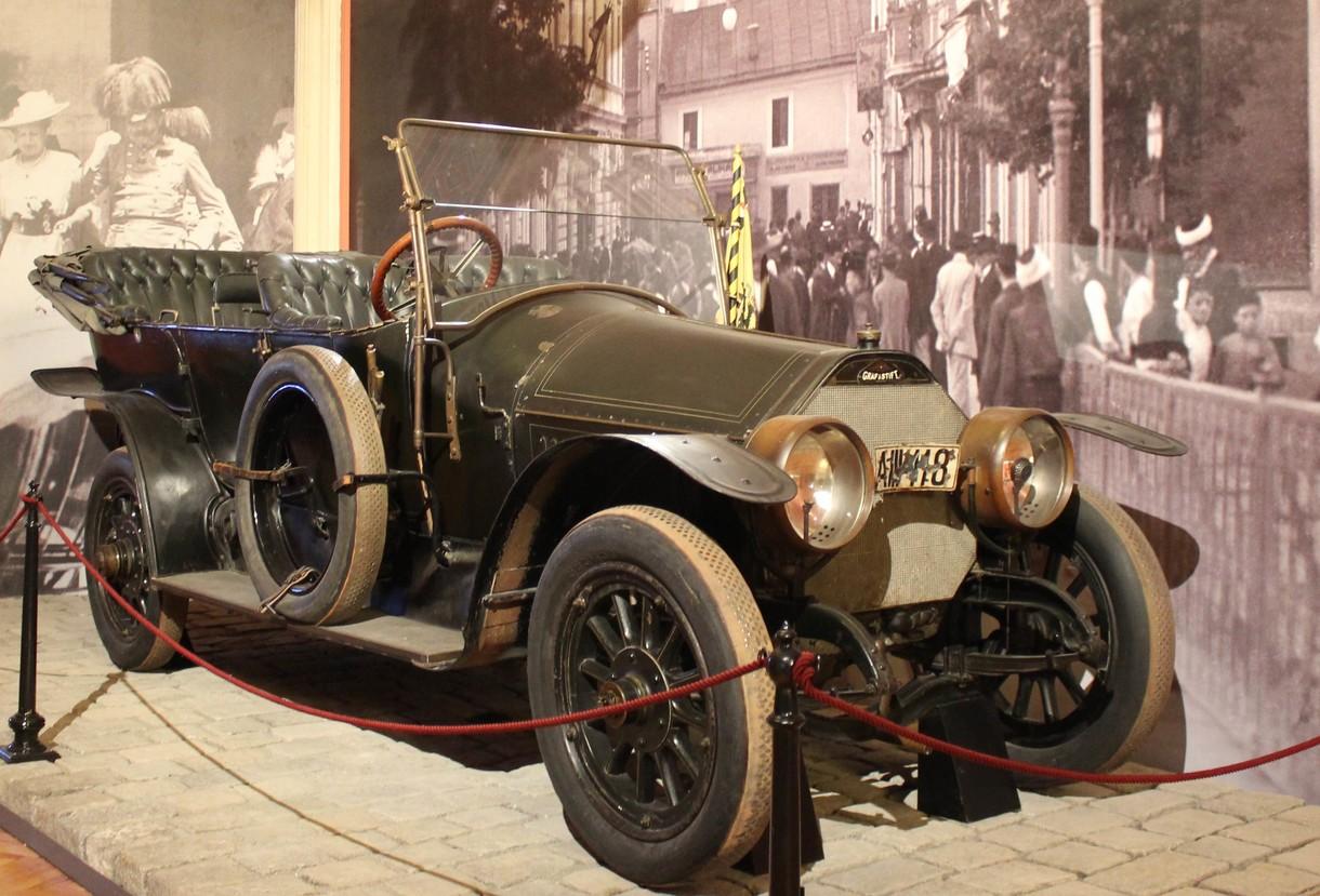 Auto, in dem Franz Ferdinand in Sarajevo erschossen wurde.