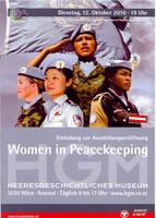 """Ausstellungsplakat """"Women in Peacekeeping: The Power to Empower"""" mit einer Collage von vier Soldatinnen in unterschiedlichen Uniformen."""